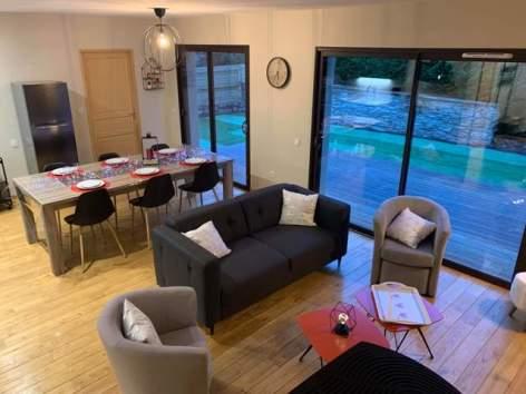 0-SCI-La-Maison-des-Vacances-salon.jpg