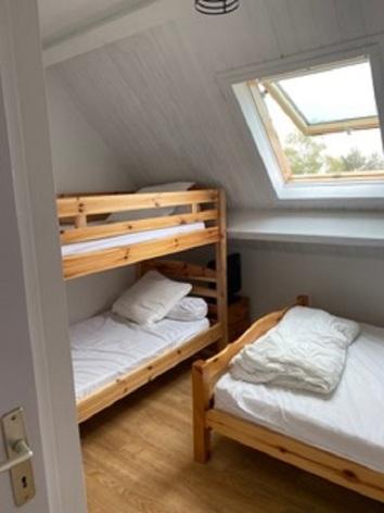 1-Chambre-enfant-avec-lit-superpose.jpeg
