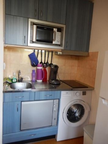 2-HPM150---Appartement-Nauleau---Luz-St-Sauveur---Cuisine.JPG