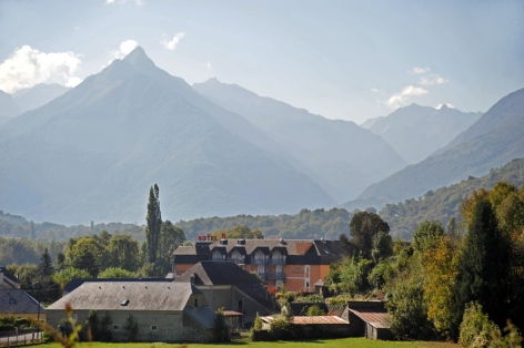 1-Hotel-Pierre-Agos-Hautes-Pyrenees--1-.JPG