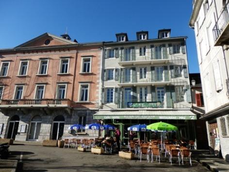 0-facadefleurs-argeles-HautesPyrenees.jpg