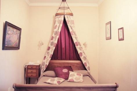 0-chambre4-hotelbeausite-argelesgazost-HautesPyrenees.jpg.jpg