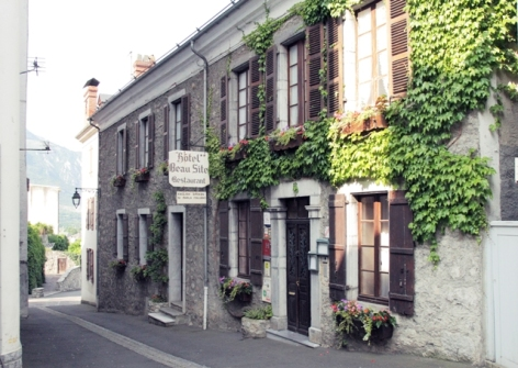 1-facade-hotelbeausite-argelesgazost-HautesPyrenees.jpg.jpg