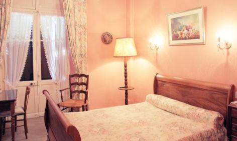 8-chambre3-hotelbeausite-argelesgazost-HautesPyrenees.jpg.jpg