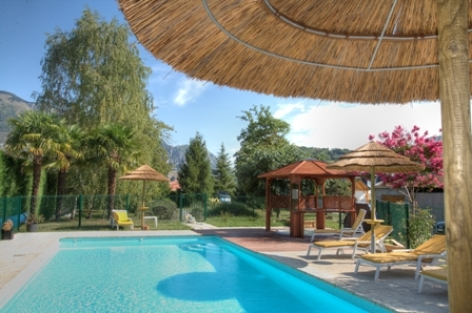 0-piscine-hotelbonrepos-jarno-argelesgazost-HautesPyrenees.jpg