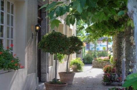 10-entre-e-hotelbonrepos-jarno-argelesgazost-HautesPyrenees.jpg