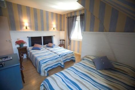 5-chambre7-hotelbonrepos-jarno-argelesgazost-HautesPyrenees.jpg
