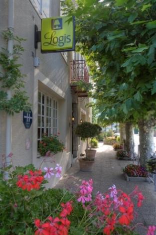 8-entre-e2-hotelbonrepos-jarno-argelesgazost-HautesPyrenees.jpg