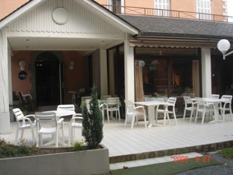 6-exterieur3-hotelgabizos-argelesgazost-HautesPyrenees.jpg