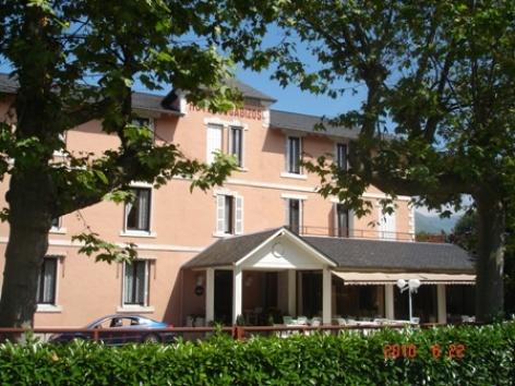 7-exterieur-hotelgabizos-argelesgazost-HautesPyrenees-2.jpg
