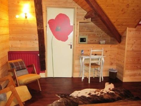 3-chambre1-hotelArrieulat-argelesgazost-HautesPyrenees.jpg.JPG