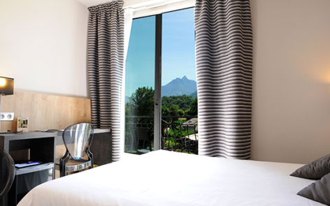 2-2016-hotel-miramont-00-argeles-gazost.jpg