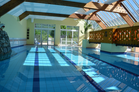 0-HPH47---Hotel-Le-Picors---piscine.JPG