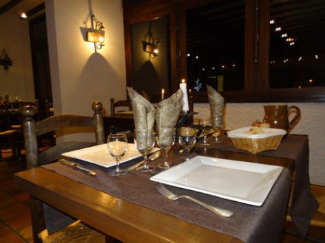 4-11-restaurant-WEB18.jpg