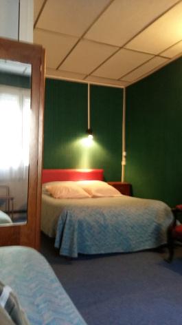 0-chambre1-hoteldelaposte-bareges-HautesPyrenees.jpg