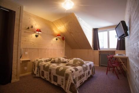 10-HPH25---Hotel-Asterides-Sacca---Ch-standard--1-2-et-3-per--8-.jpg