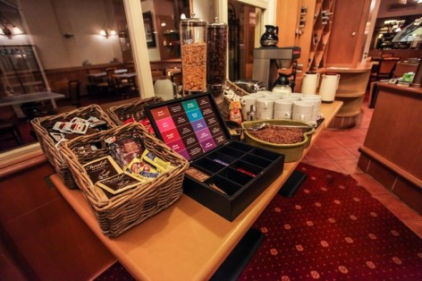 12-HPH25---Hotel-Asterides-Sacca---Buffet-petit-dej--3-.jpg