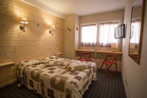14-HPH25---Hotel-Asterides-Sacca---Ch-standard--1-2-et-3-per--3-.jpg