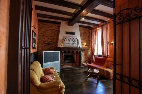 36-HPH25---Hotel-Asterides-Sacca---Cheminee.jpg