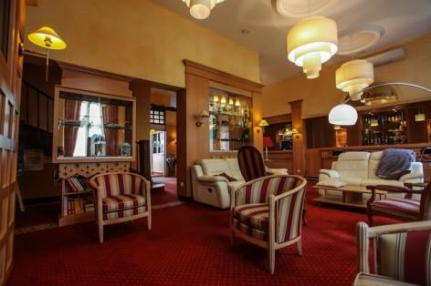 39-HPH25---Hotel-Asterides-Sacca---Hall--2-.jpg