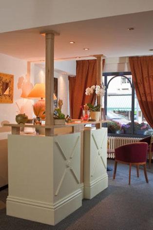 2-Hotel-Le-Terminus-3.jpg
