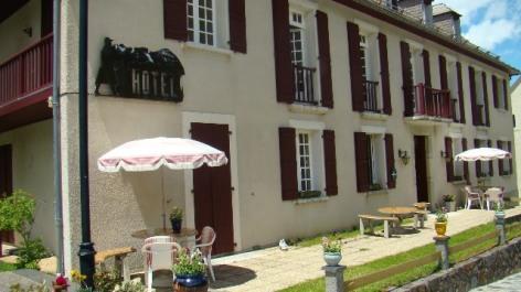 2-COMPOSTELLE-HOTEL---facade.jpg