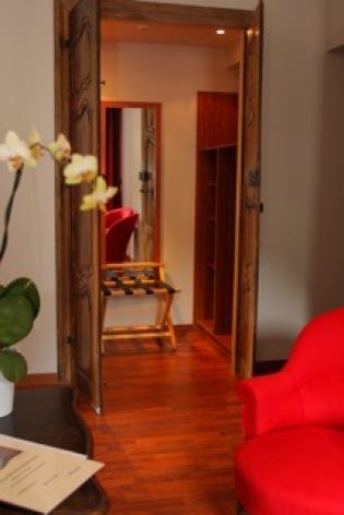 12-HOTEL-BRECHE-DE-ROLAND---Dressing.jpeg
