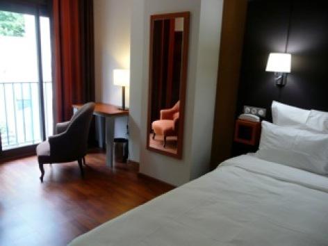 8-HOTEL-BRECHE-DE-ROLAND---Chambre-4.jpeg