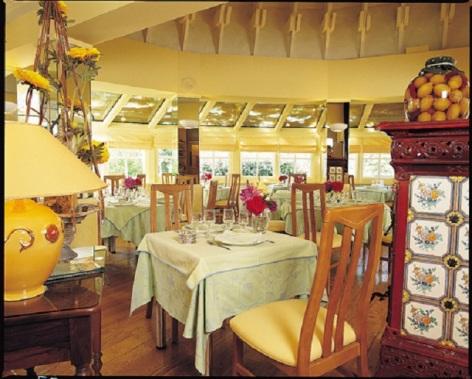 3-Salle-de-restaurant-3.jpg