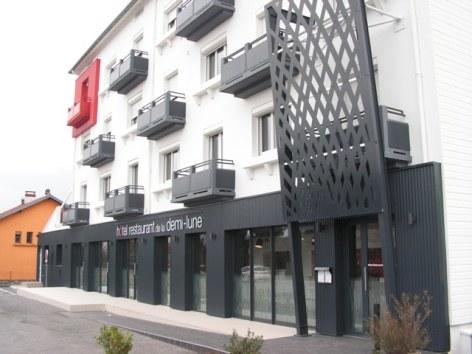 10-HOTEL-DEMI-LUNE.JPG