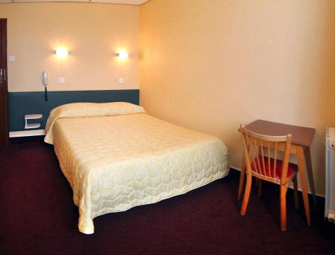 0-Lourdes-Hotel-Montfort--1-.jpg