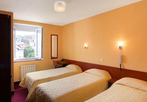 2-Lourdes-Hotel-Montfort--2-.jpg