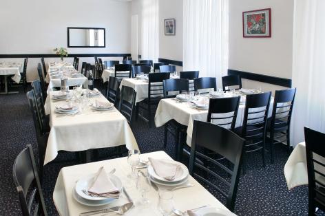 5-Lourdes-Hotel-Montfort--7-.jpg