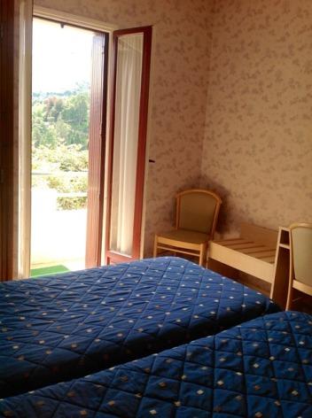 1-Lourdes-hotel-ND-Lorette-4-2.jpg