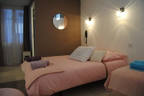 10-Lourdes-hotel-Sainte-Therese-2-etoiles--51-.JPG