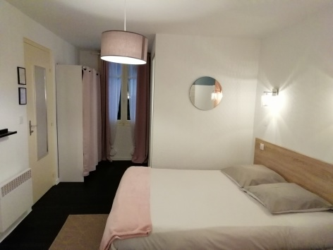 5-Lourdes-hotel-Sainte-therese-Chambre-simple--14-.jpg
