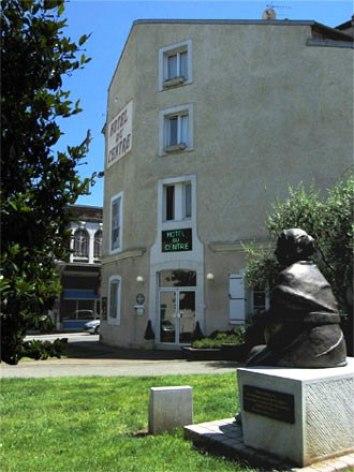 4-Lourdes-hotel-du-Centre.jpg