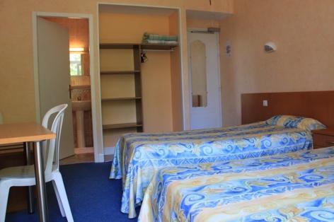1-Lourdes-hotel-Acapulco--2--2.JPG