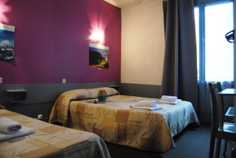 4-Lourdes-hotel-de-Geneve--4--2.jpg
