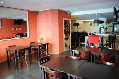 2-Lourdes-hotel-Castel-de-Mirambel--8-.JPG