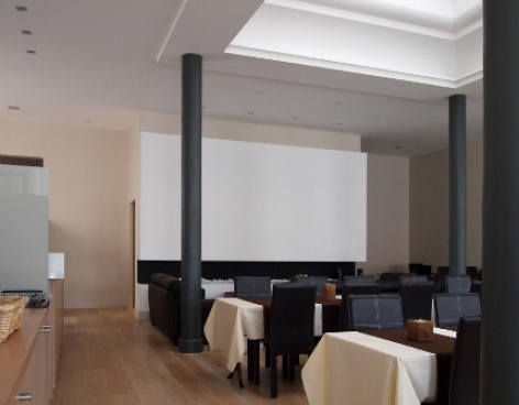 2-Lourdes-hotel-Atrium-Mondial.jpg