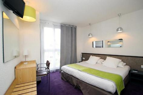0-Lourdes-hotel-Peyramale--12-.jpg