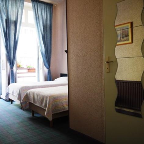 1-Lourdes-Hotel-Saint-Charles.JPG