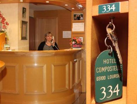 4-lourdes-Hotel-Compostelle--5-.jpg
