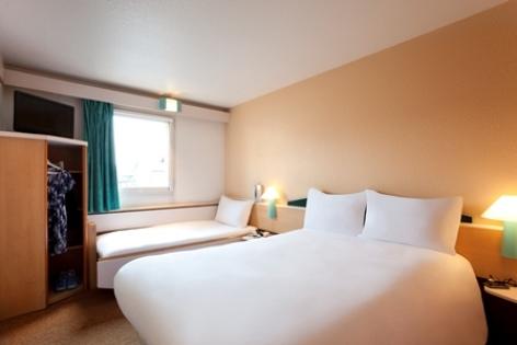 1-Lourdes-hotel-Ibis--16--3.jpg