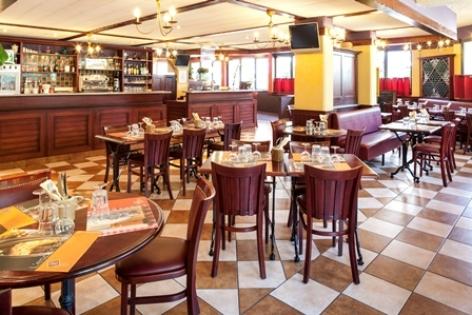 6-Lourdes-hotel-Ibis--10--3.jpg