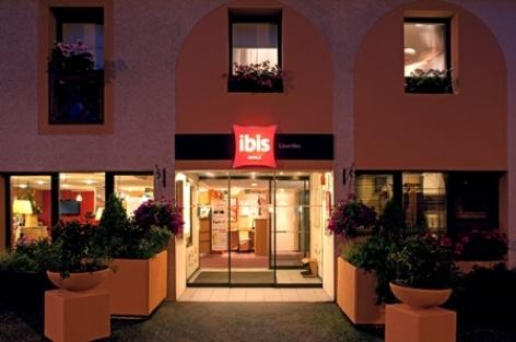 6-Lourdes-hotel-Ibis--3--4.jpg