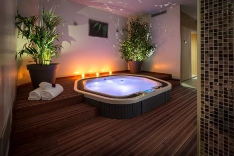 3-Lourdes-hotel-Best-Western-Plus-Le-Rive-Droite---Spa--3-.jpg
