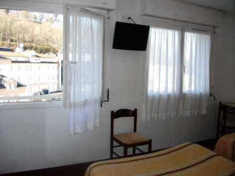 0-Lourdes-Hotel-Myosotis--2-.JPG
