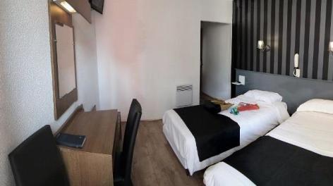 0-Lourdes-hotel-des-Pays-Bas--2-.jpg